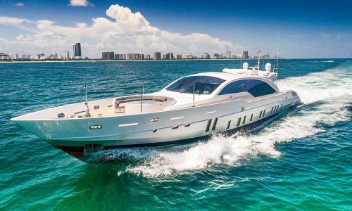120-yacht-rental-miami-beach-11
